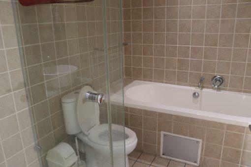 907-quayside-durban-beach-bathroom