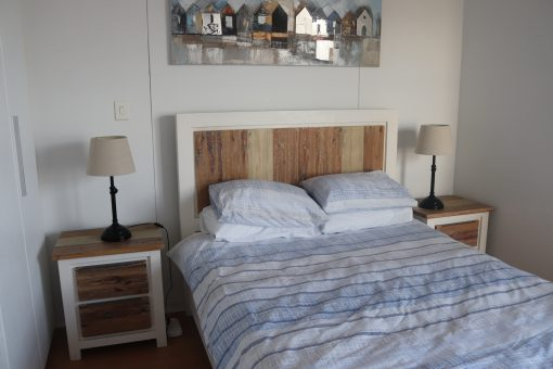 907-quayside-durban-beach-bedroom-1