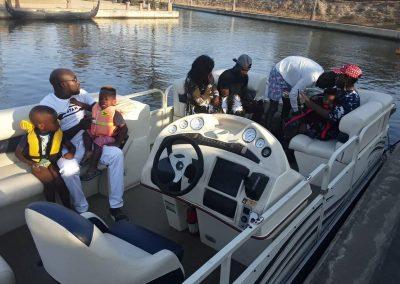 pontoon-durban-family-cruise