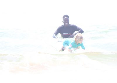 siya-surfing-lesson-with-6-year-old
