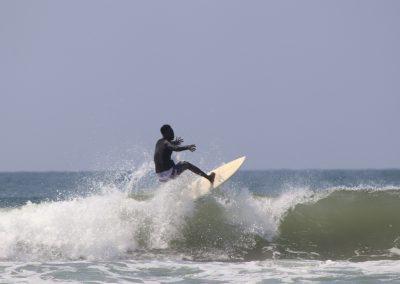 siya-surfing-wave