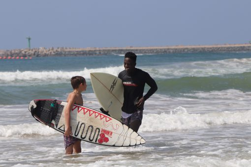 surfing-lesson-with-siya