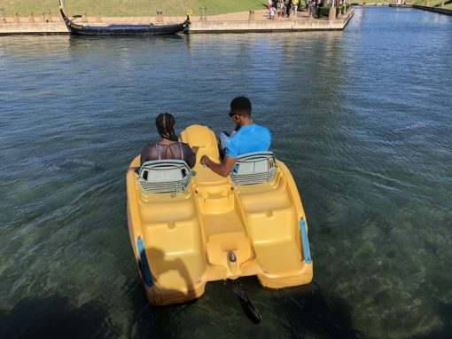 couples-cruise-pedal-boats